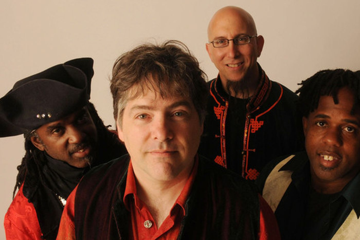 Bela Fleck gets 'a little crazy' with his creative holiday album