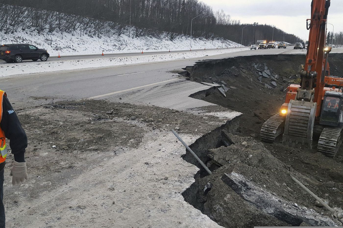 Earthquake doesn't disrupt food, fuel supply to Alaska