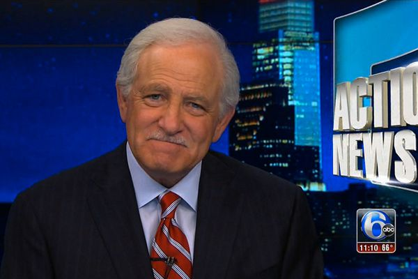 6ABC's Jim Gardner hears it from Phillies fans after snapping a pic with Alex Trebek
