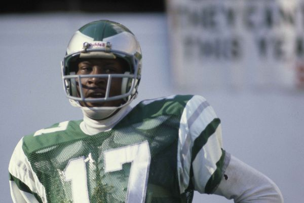 Pro Football Hall of Fame: After a long wait, former Eagles receiver Harold Carmichael gets in