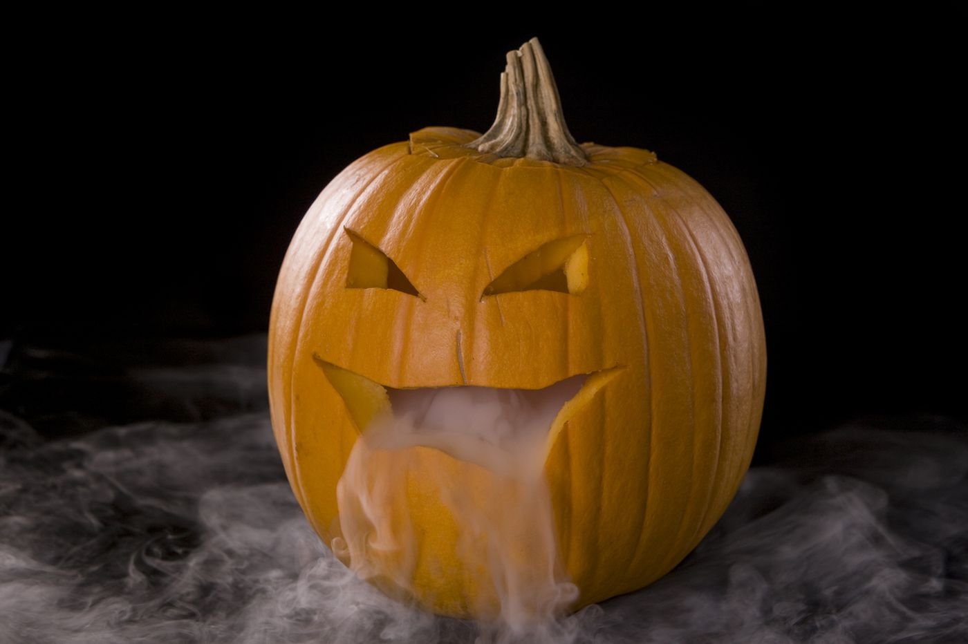 How to use dry ice safely this Halloween