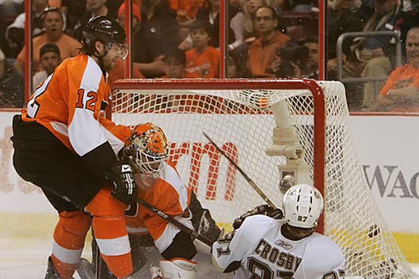 Flyers could win the division — or miss the playoffs — in the stacked NHL East