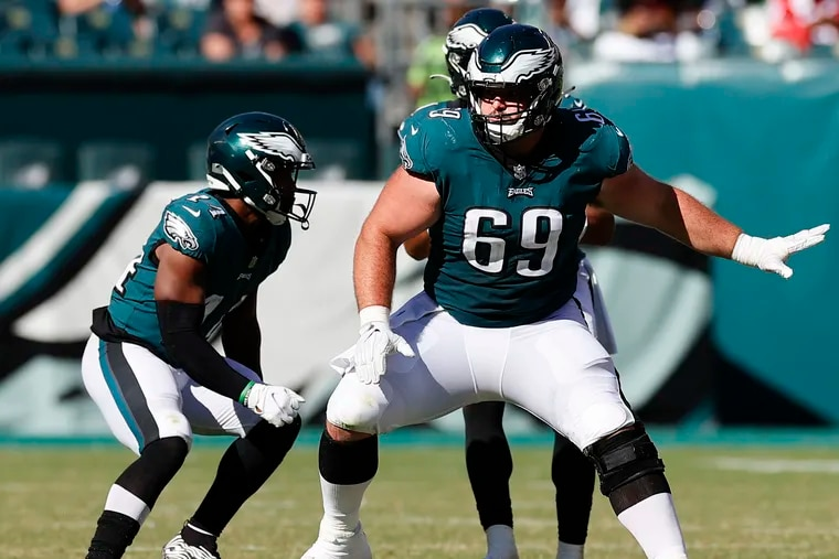 Eagles center Landon Dickerson with running back Kenneth Gainwell  during the game against  the 49ers.
