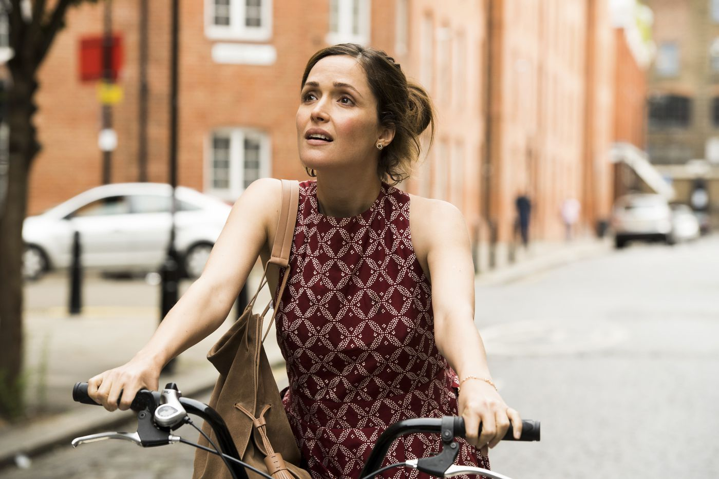 In the winning rom-com 'Juliet, Naked,' you'll be feeling the (Rose) Byrne