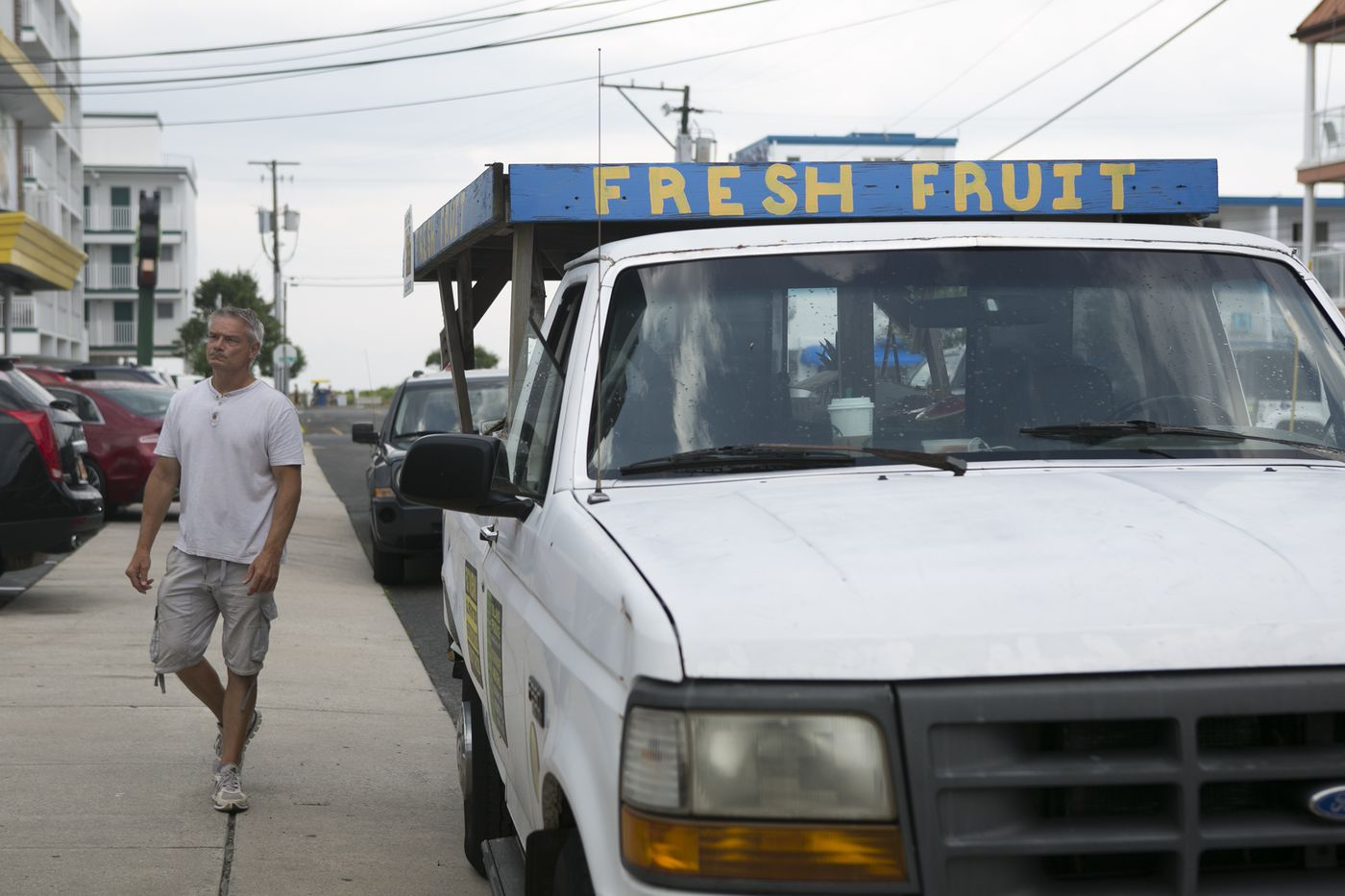 Slinging fresh fruit and veggies in the junk-food capital of the Jersey Shore