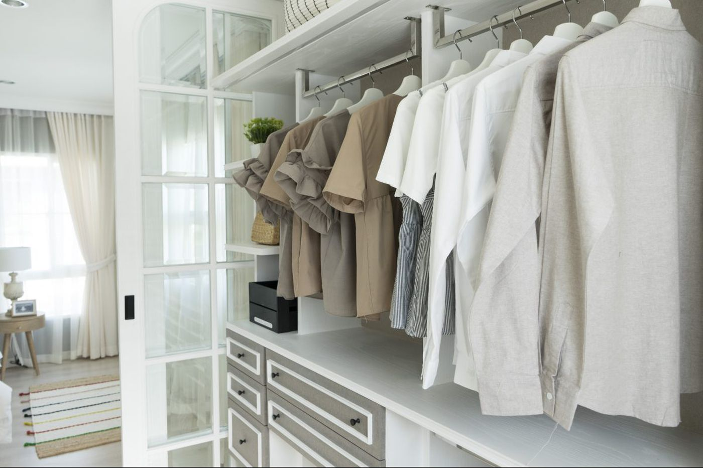 Ask Jennifer Adam: How is it my clothes closet is smelling up my bedroom?