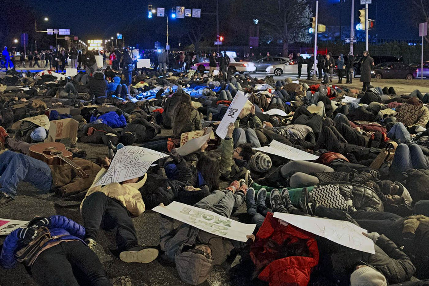 Hundreds take a stand by lying down in Broad St. after Eagles game