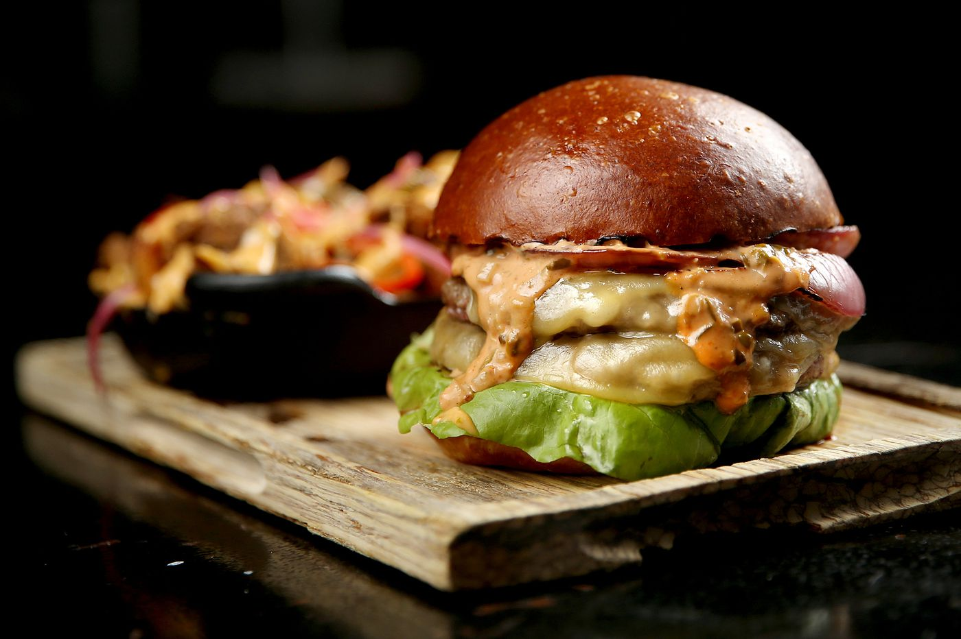 Ripplewood Whiskey & Craft review: The best burger, endless bourbon, reimagined candy bars, and more