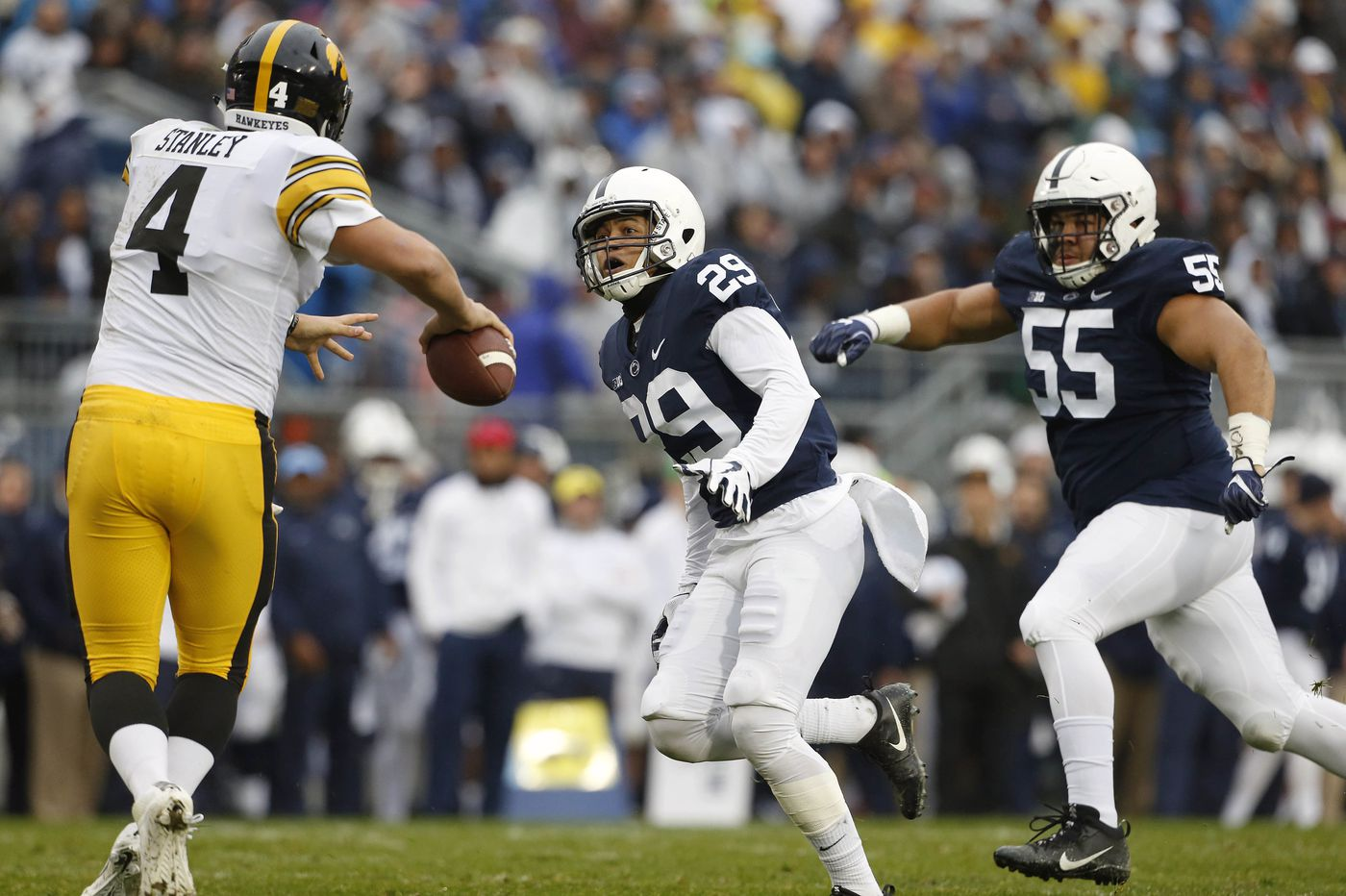 Penn State's John Reid showing he's back from his injury