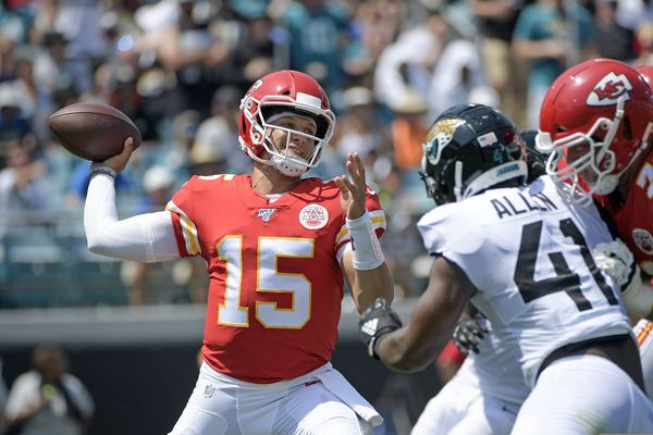 NFL Week 3 preview: Carson Wentz has been money at home; best game is Ravens at Chiefs