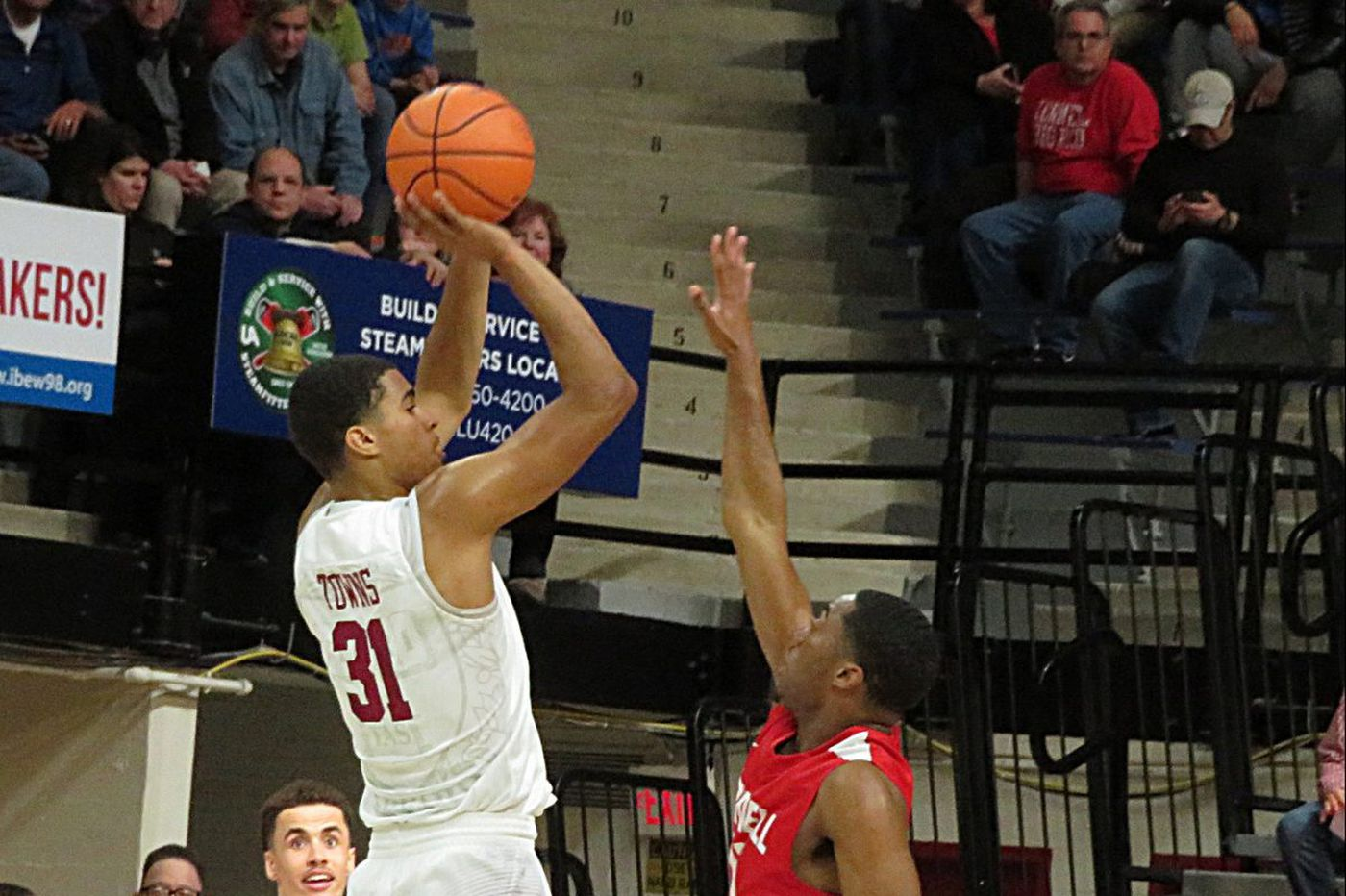 Stopping Harvard's Seth Towns will be key for Penn