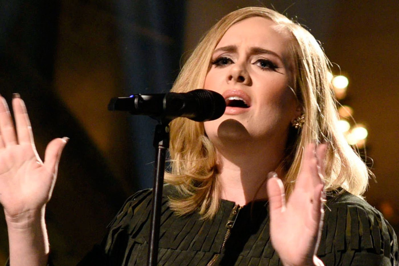 Sideshow: Adele's '25' rewrites all the record records