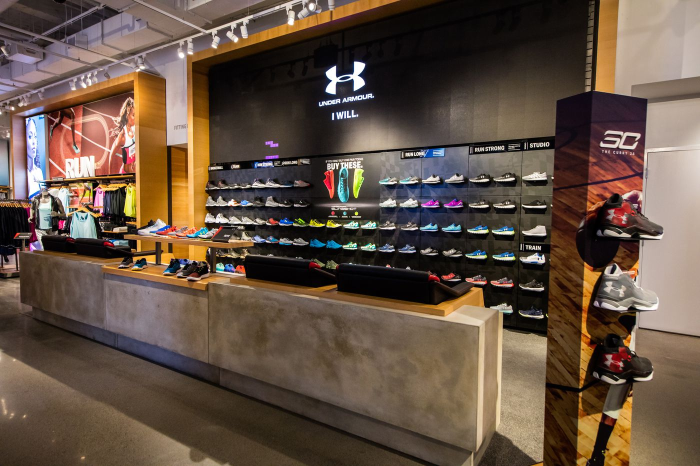 Under Armour store on Walnut Street closes