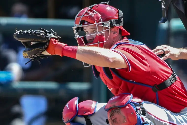 The Phillies plan to give Andrew Knapp a bigger role behind the plate this season.