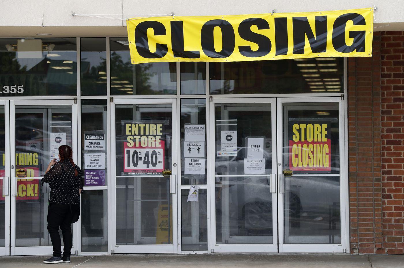 U.S. consumer spending sinks by record 13.6% in face of coronavirus