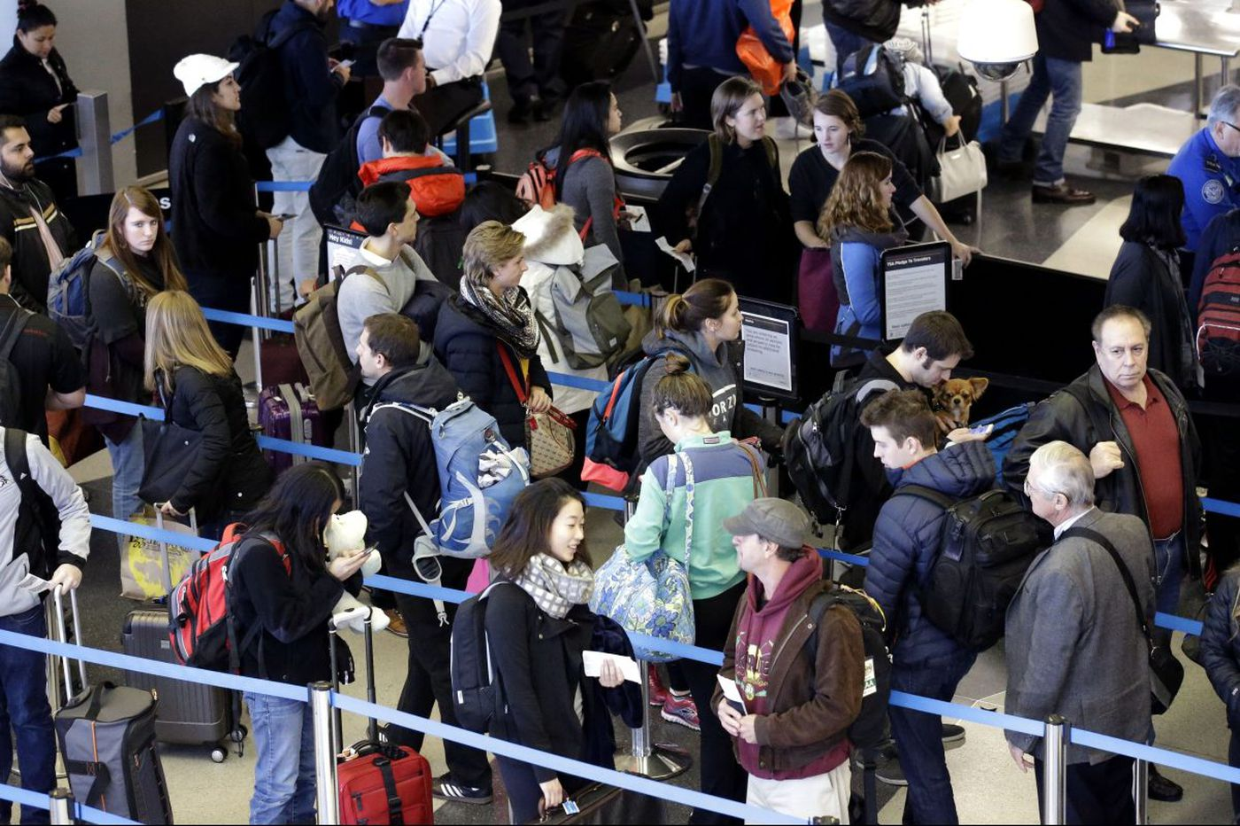 Thanksgiving getaway: Planes, trains and automobiles are on the move