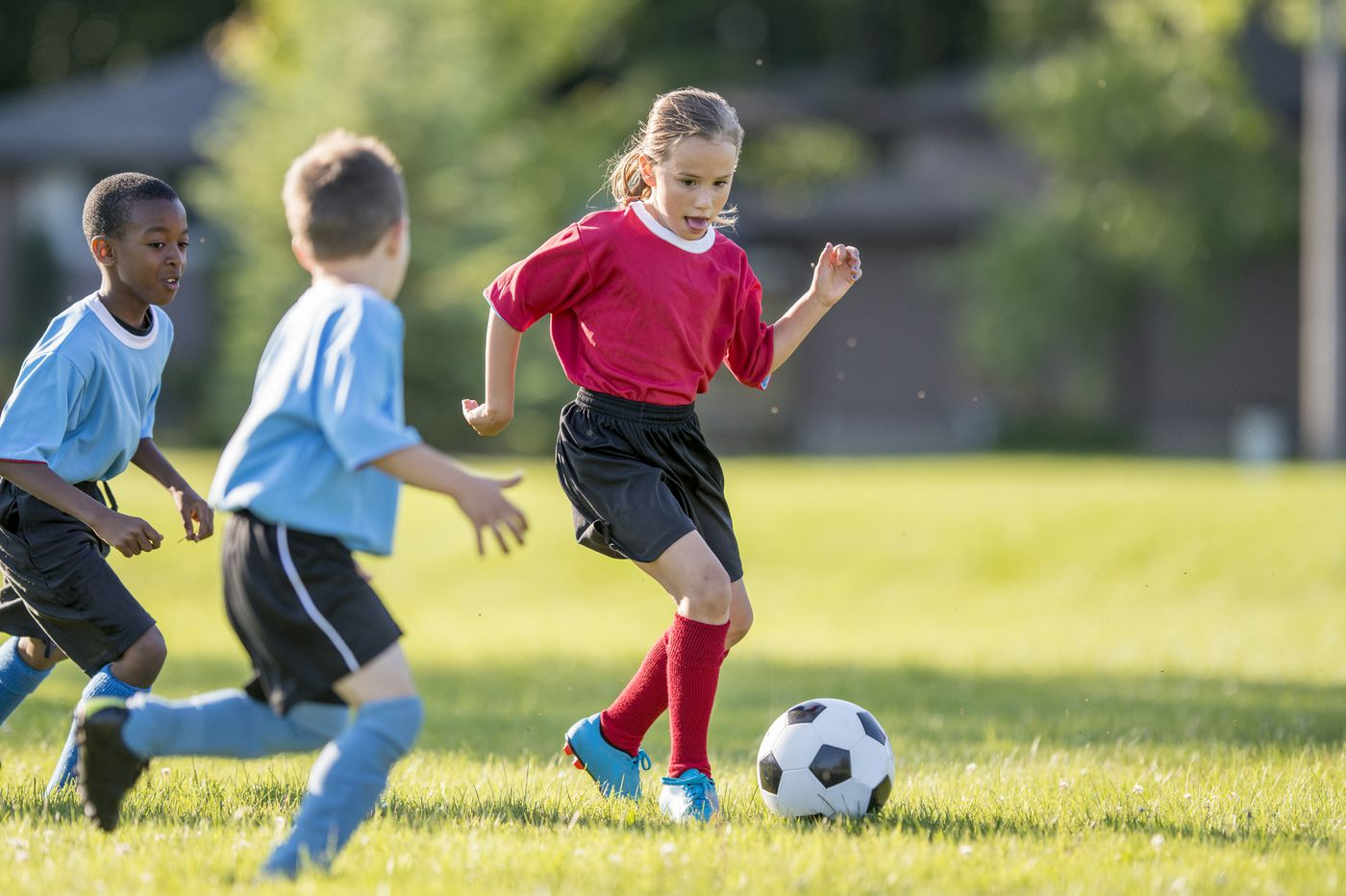 5 tips for helping your family ease into fall activities, sports