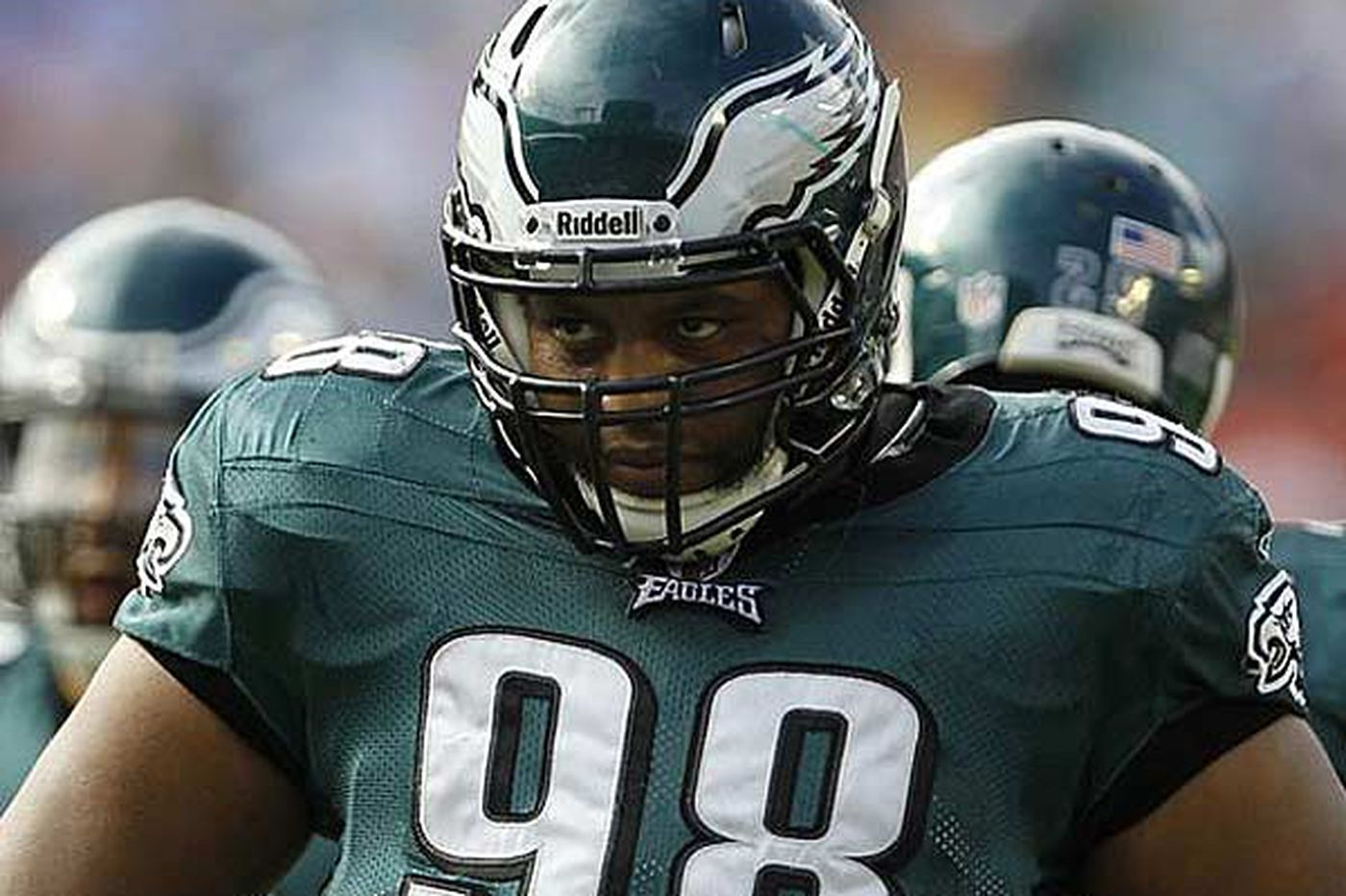 Eagles Notes: Eagles DT Mike Patterson sidelined with pneumonia