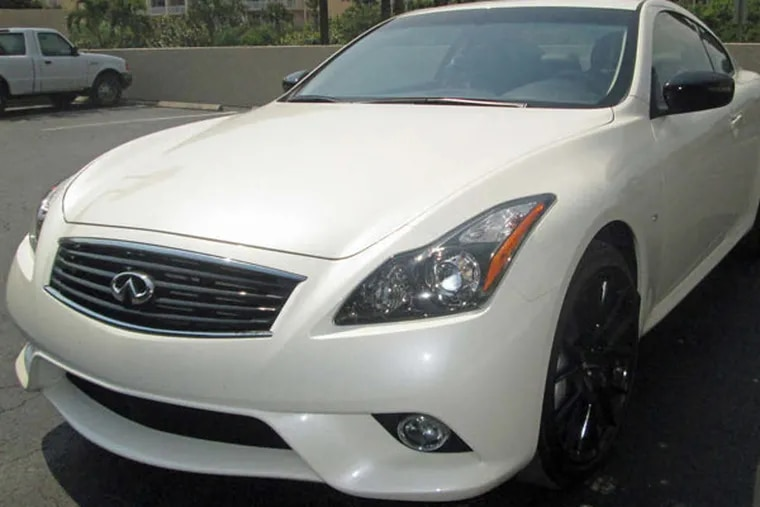 The 2015 Infiniti Q60S is a looker whose pleasing aesthetics continue inside. It handles well, too.