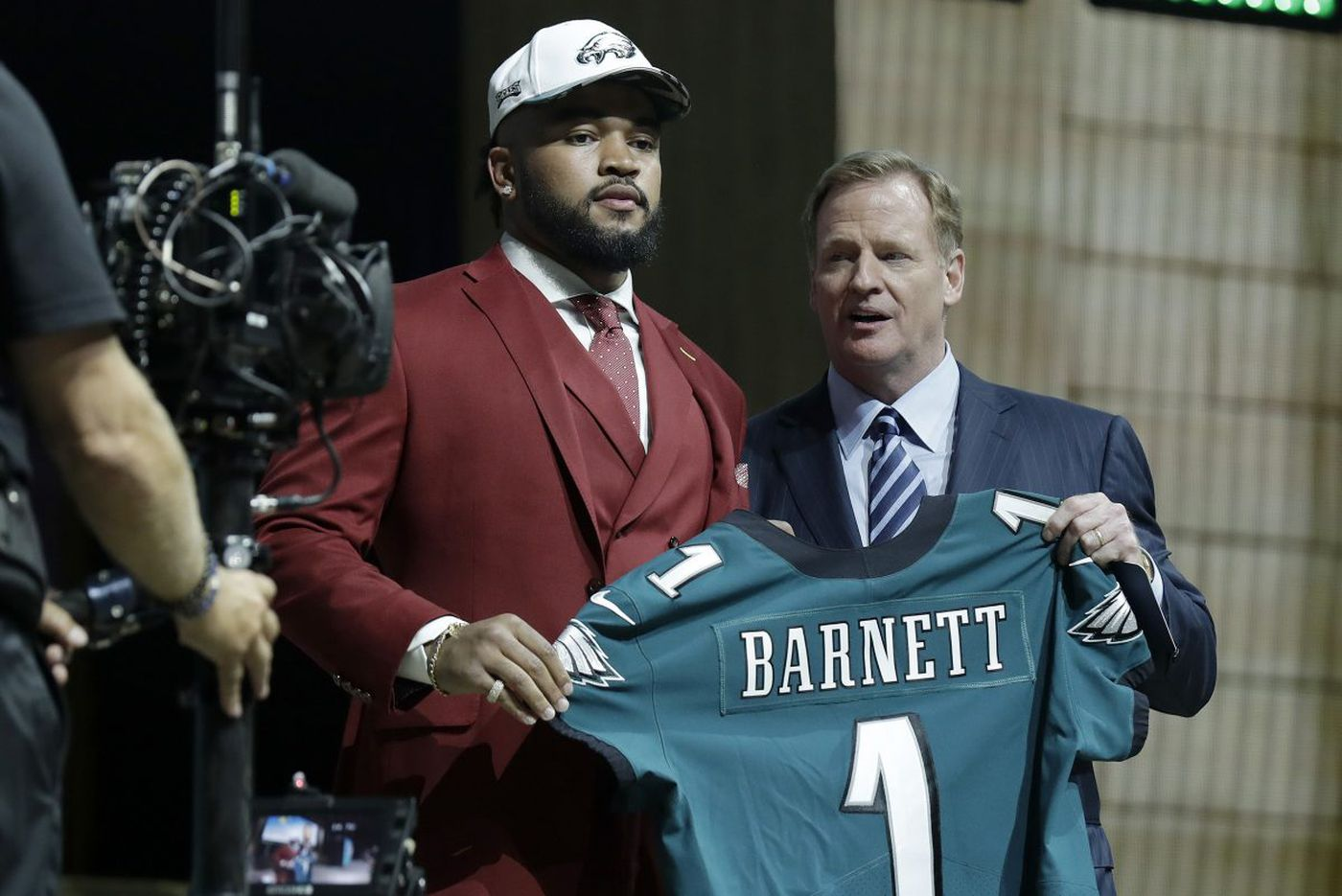 NFL draft 2018: TV channels, schedule, draft order, Eagles projections and a parrot