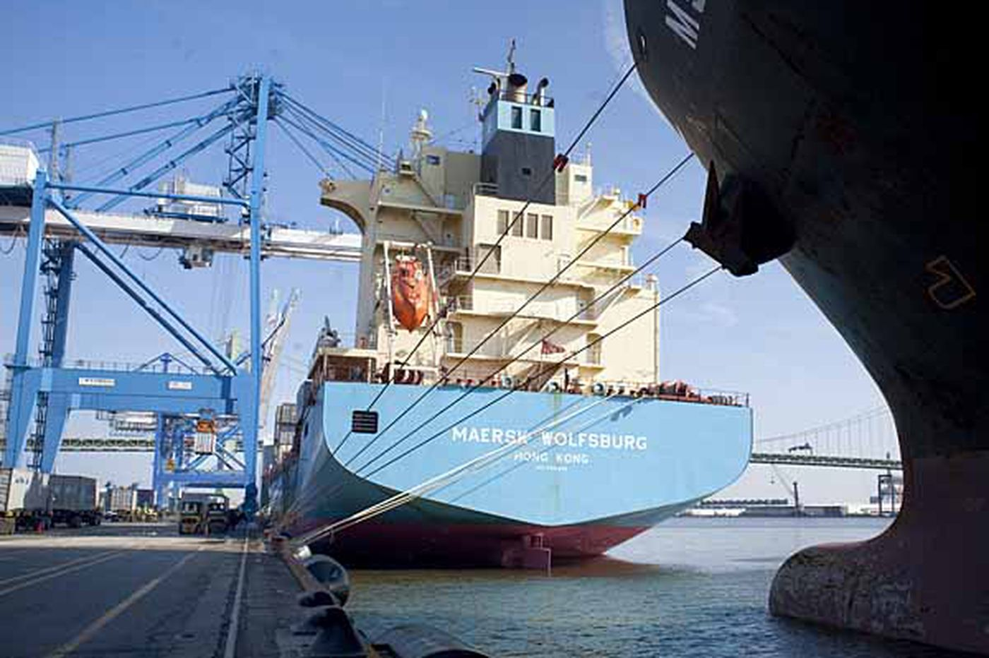 Port strike averted for now