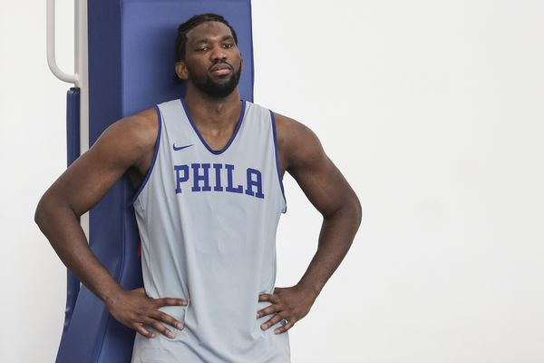 Sixers coach Brett Brown impressed with Joel Embiid's conditioning