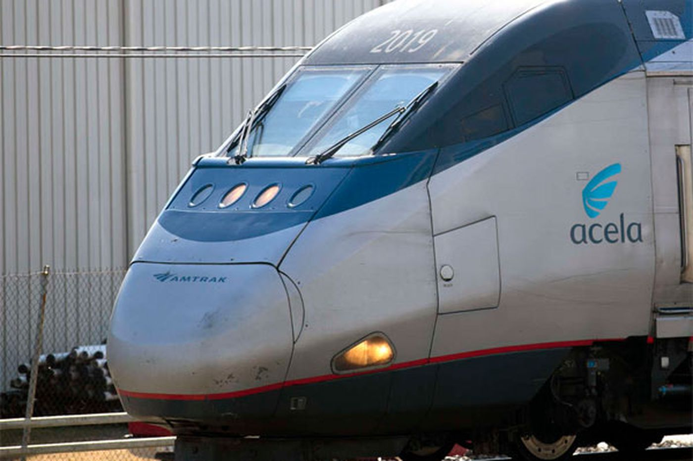 Amtrak's on-time performance runs off the rails