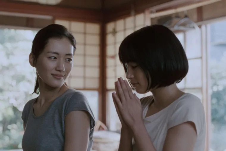 """Long-lost sibs played by Haruka Ayase (left) and Suzu Hirose in Hirokazu Koreeda's """"Our Little Sister."""""""