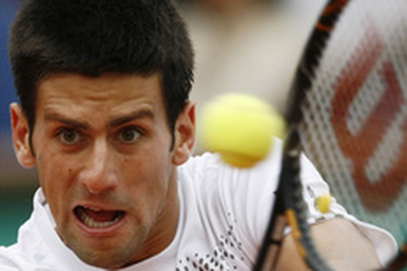Djokovic wins, faces Gulbis next in French Open