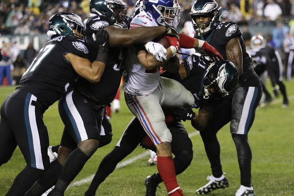 Eagles defense can't let Saquon Barkley run away with their playoff dreams | Bob Ford