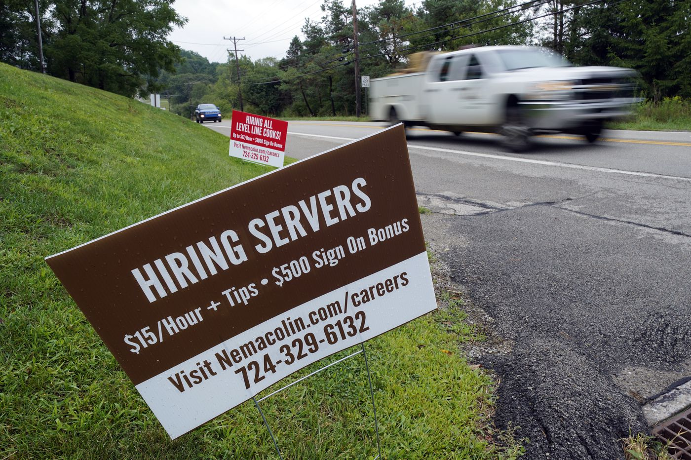 U.S. layoffs remain elevated as 884,000 sought unemployment benefits last week