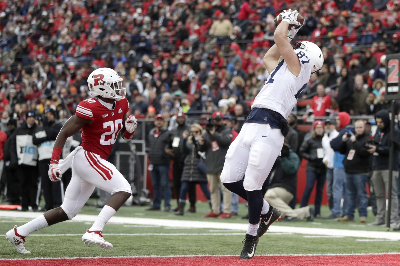 McSorley throws two touchdown passes  lethargic Penn State defeats Rutgers c3a697788