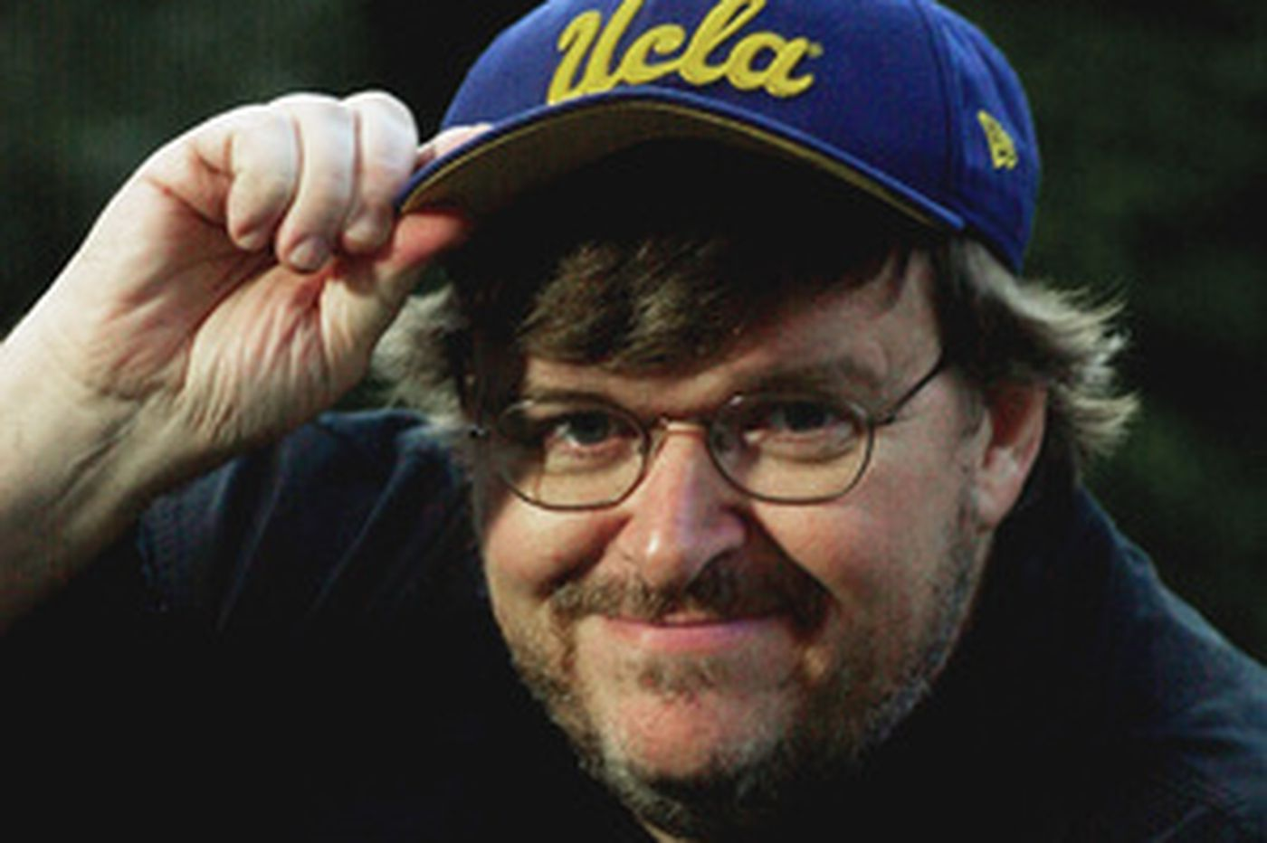 Tattle | Feds eye Michael Moore for trip to Cuba