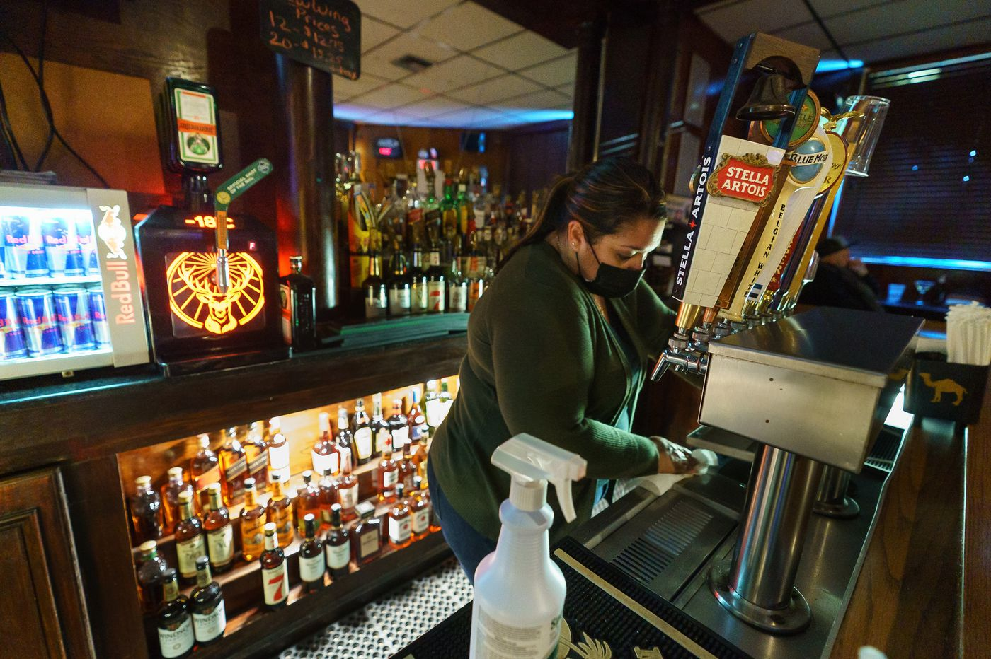 Pennsylvania bans on-premises wine, beer, and liquor sales at restaurants and bars on Thanksgiving Eve