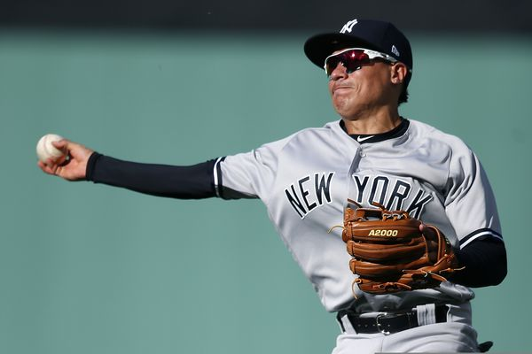 Phillies sign infielder Ronald Torreyes, who could claim a bench role