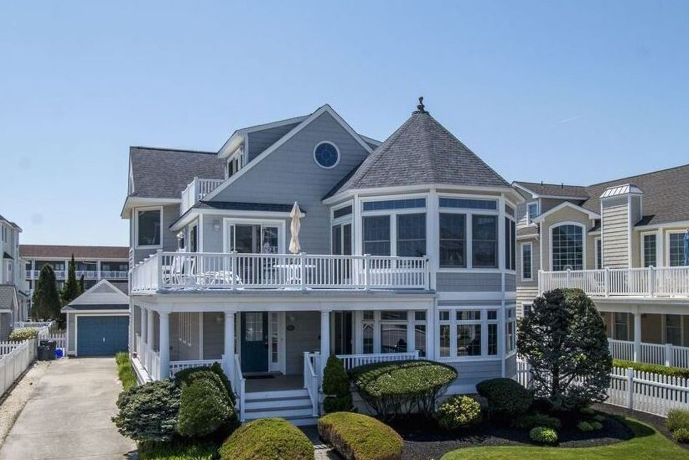 It's Shore time: Here are three Avalon stunners on the market