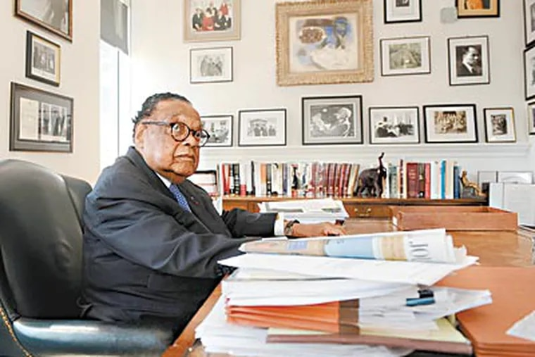 At his Washington office, Bill Coleman, almost 90, still advises movers and shakers. (OLIVIER DOULIERY / Abaca USA)