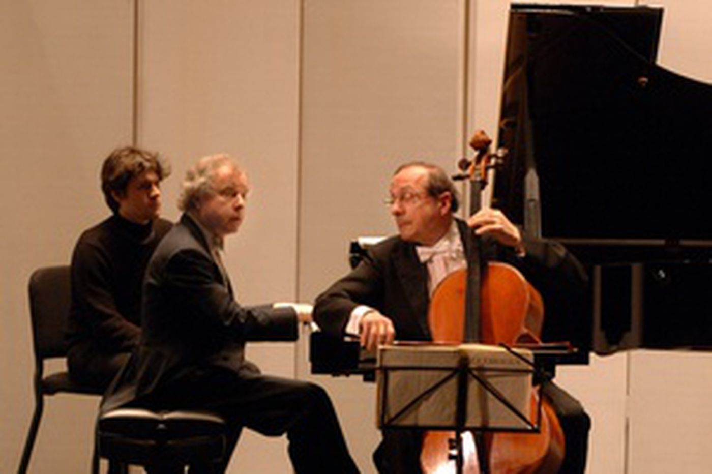 Pianist Schiff, cellist Perenyi in a matchless concert