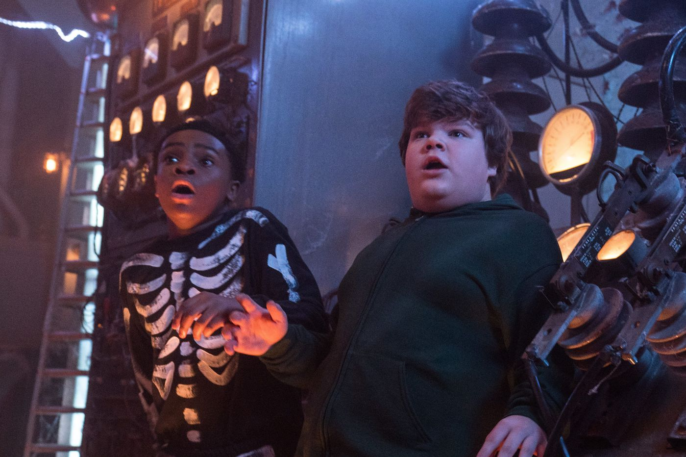 'Goosebumps 2: Haunted Halloween': Viewer beware, you're not in for a scare