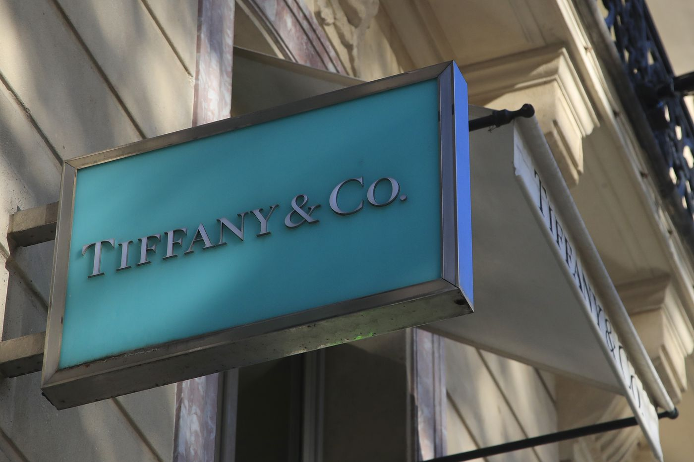 LVMH-Tiffany busted deal is year's biggest to end in court