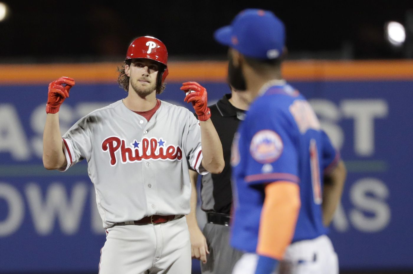 Aaron Nola picks up Phillies on the mound and at the plate in doubleheader split with Mets