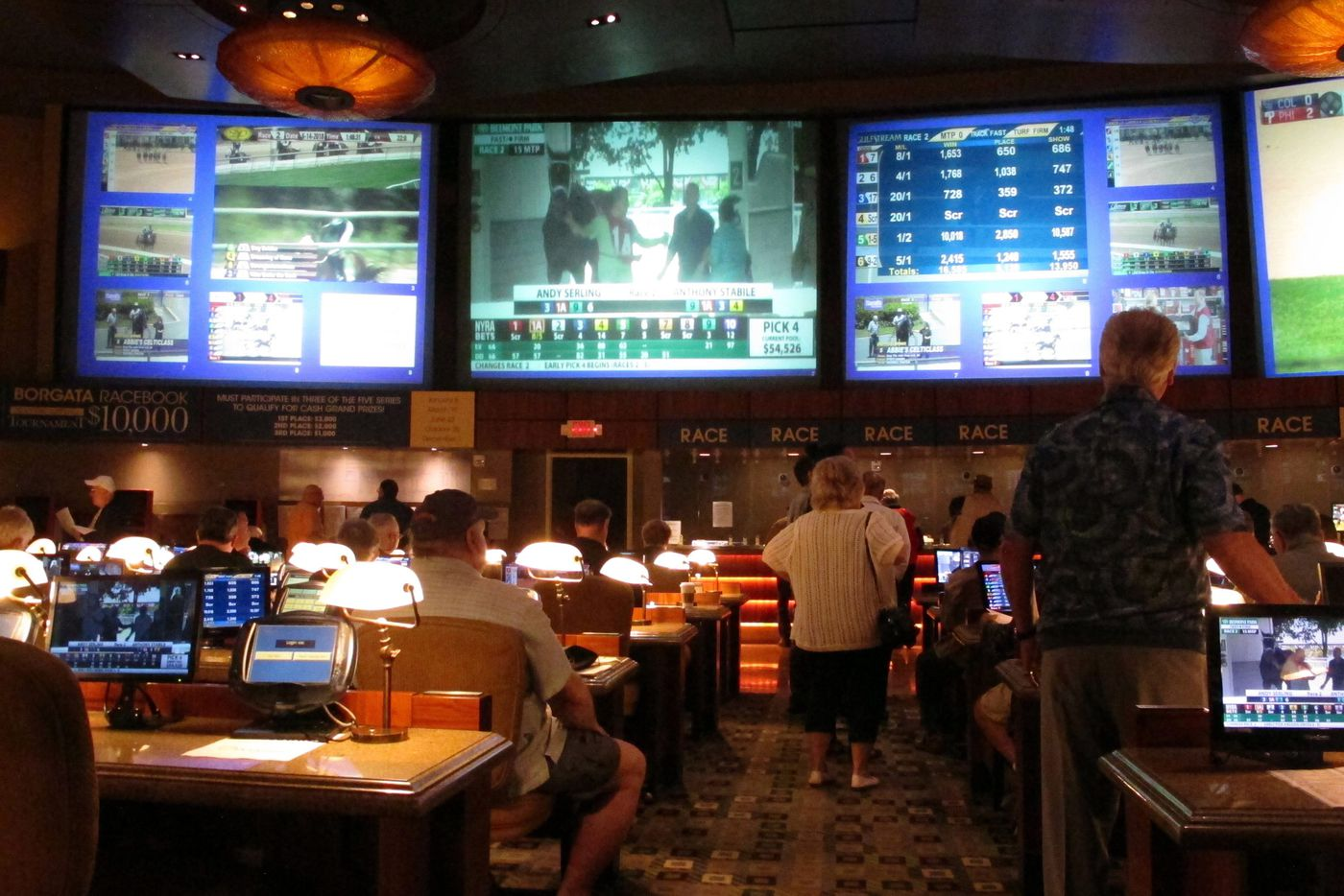 Philly-area investors bet on Vegas sports gambling network being the next CNBC