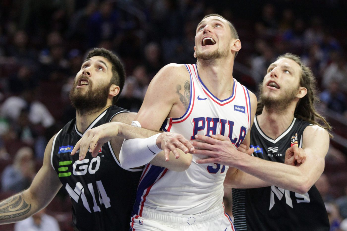 Sixers' Mike Muscala cleared to play against Pistons