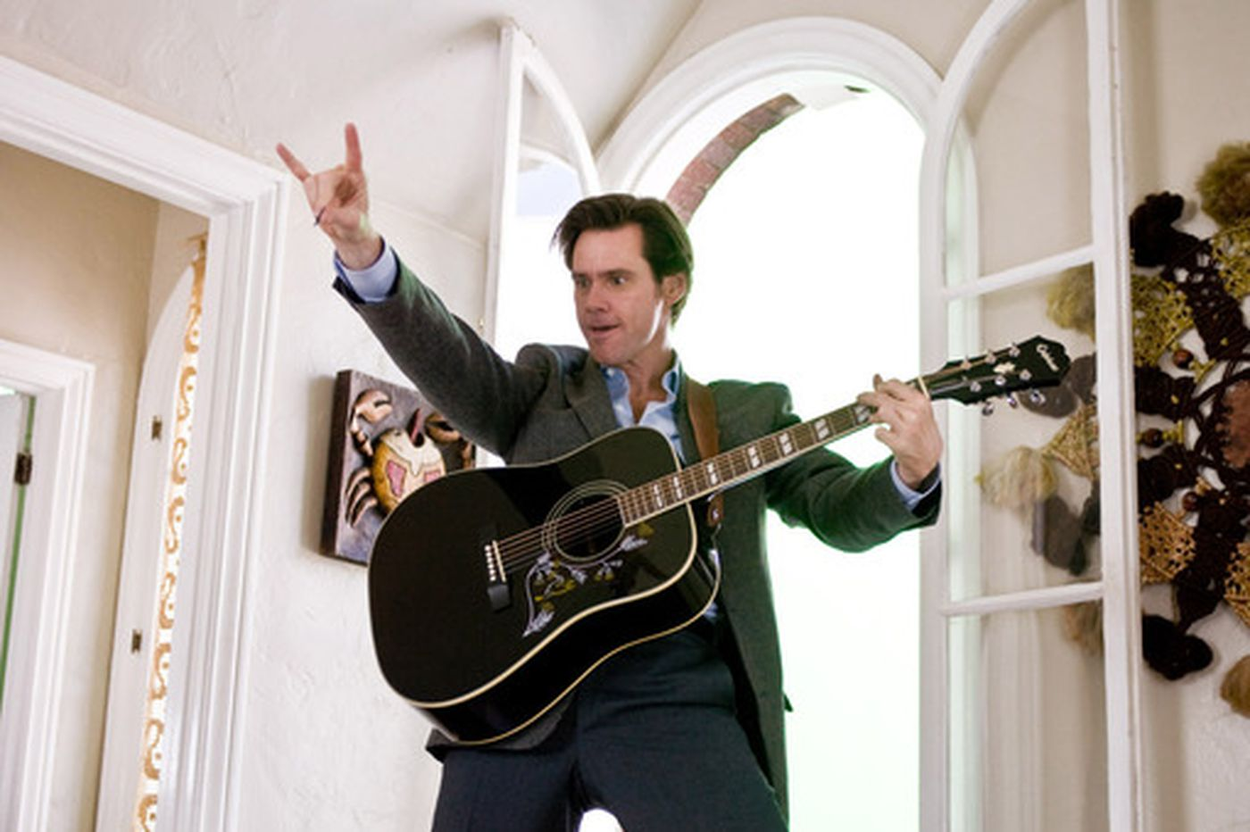 Jim Carrey goes with less no, mo' yes