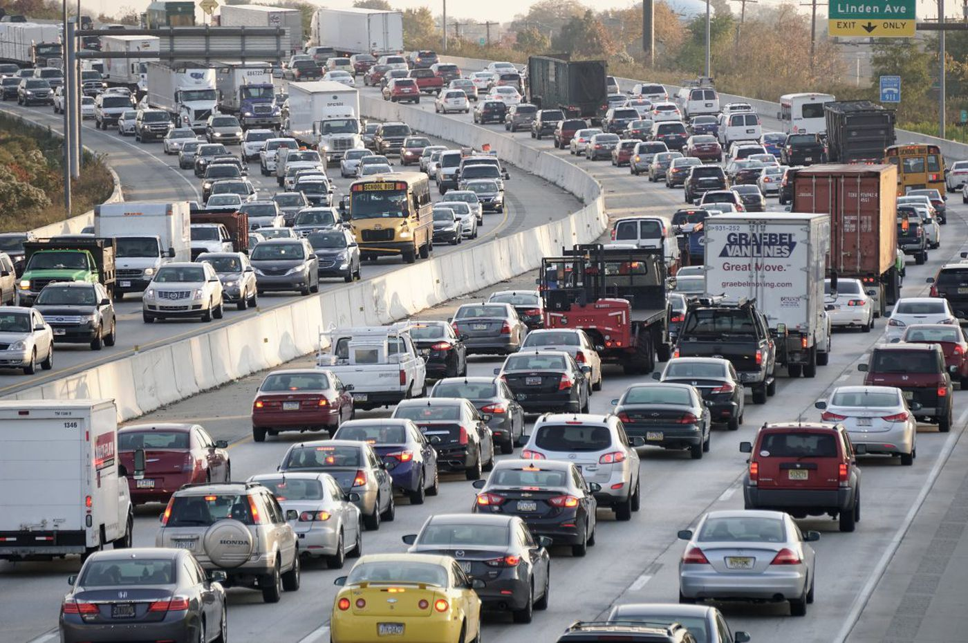 PennDot hires Hill to widen I-95 in Philly