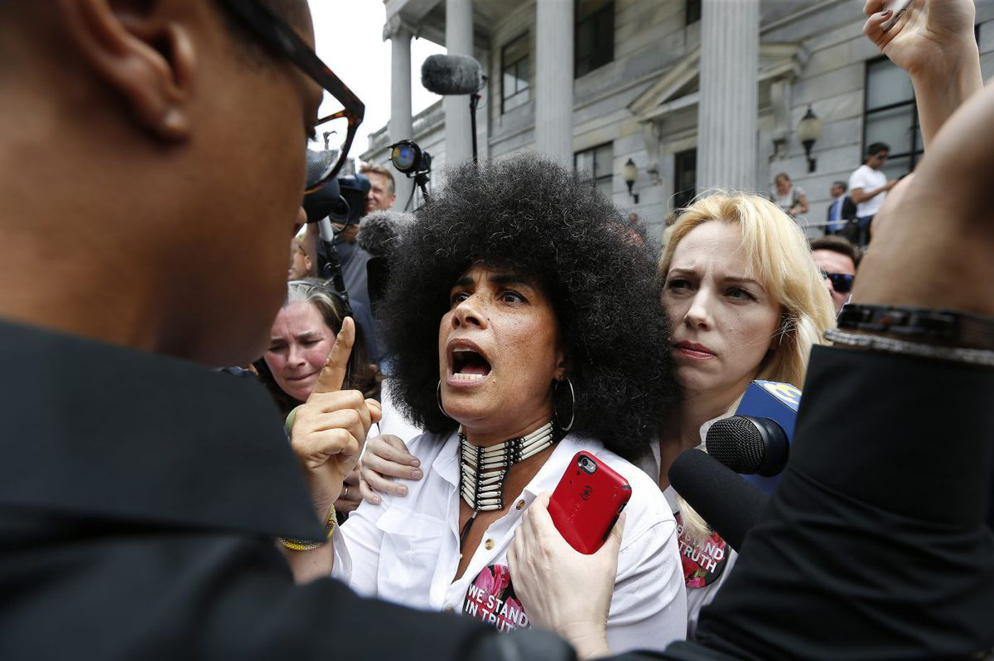 Cosby mistrial?: Reactions from Twitter and Facebook