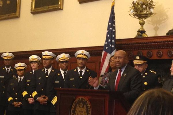 Mayor Nutter looks back on 2014, suggests people not fight with police