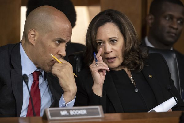Presidential candidates Cory Booker and Kamala Harris side against Comcast in key Supreme Court case