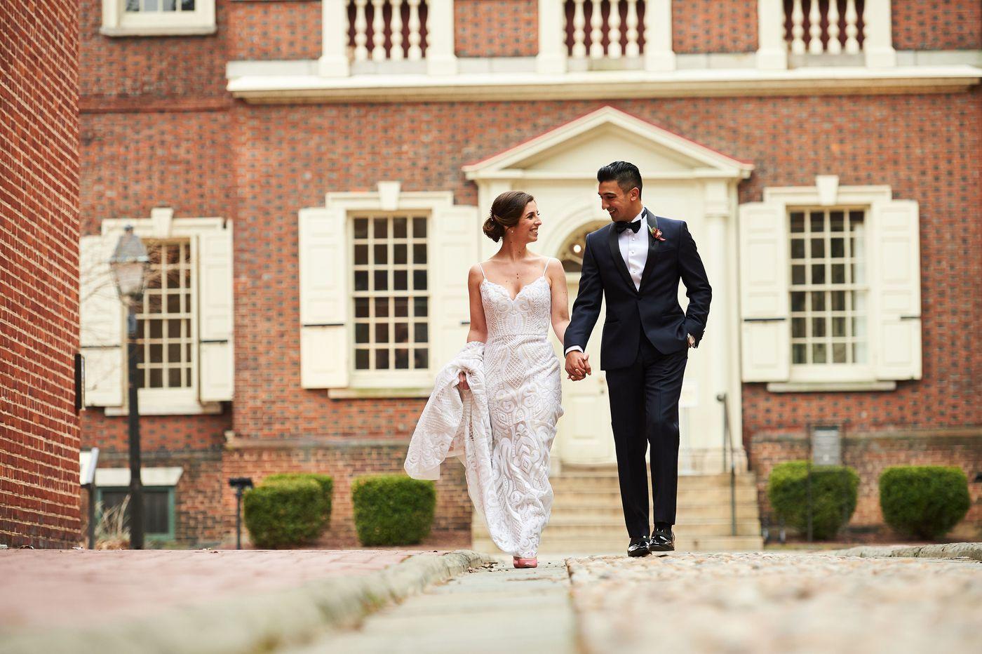 Philadelphia weddings: Stephanie Consoli and Mauricio Cruz