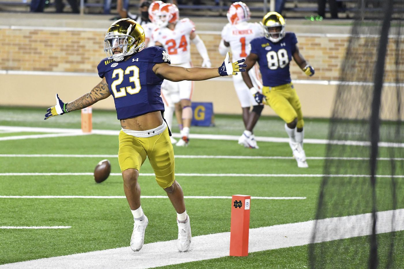 Can Notre Dame stay unbeaten after last week's emotional win over Clemson? | College Football Games to Watch